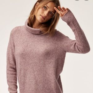 The Group by Babaton Plutarch sweater 💗